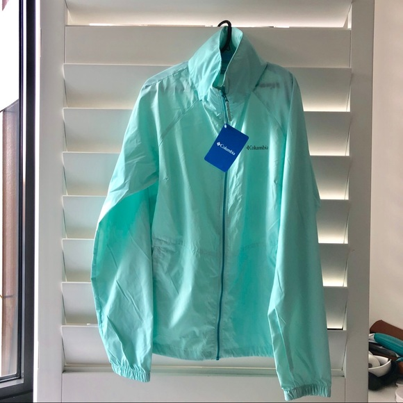 ☔️ Columbia Lightweight Rain Shell in Blue